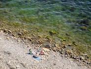 Дикие пляжи у маяка - дно каменистое