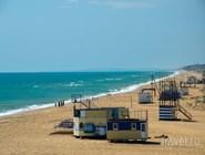 На пляже в Благовещенской в конце мая