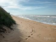 Дикий пляж в Кучугурах