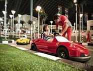 Гоночная трасса для юных посетителей Ferrari World