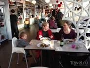 Семейное посещение Välfärden kök & kaffe