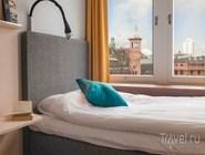 Вид из окна номера в Moment Hotels