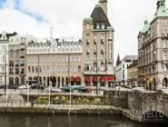 Вид на Elite Hotel Savoy