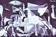 <Герника> Пикассо. Фото: arthistory.ru