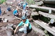 Раскопки в Новгороде. Фото: krugosvet.ru