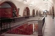 """Станция метро """"Площадь революции"""". Фото: Trip-guide.ru"""
