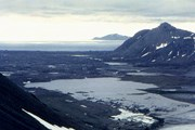 Маршруты Hurtigruten пролегают к мысу Шпицберген. // photoline.ru