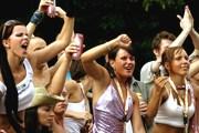 Loveparade привлекает тысячи гостей и участников. // berlin.de