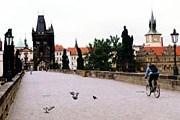 Карлов мост – одна из достопримечательностей Праги. // Travel.ru
