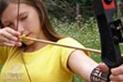 Детей научат стрелять из лука. // robincamp.ru