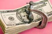 Снижение курса доллара приводит к удорожанию авиаперелета. // GettyImages