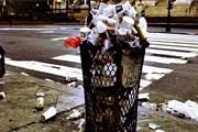 В Неаполе не могут решить проблему мусора. // worlds.ru