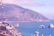 Российские туристы выбирают курорты Крыма. // santour.ru
