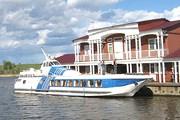 """Теплоход """"Линда"""" способен принять на борт 56 пассажиров. // Adrenalinetour.Ru"""