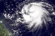 Ураган - не повод прерывать отдых. // GettyImages