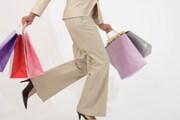 Европейцы с удовольствием делают покупки в США. // GettyImages