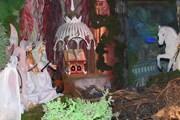 В вертепе ангелы представлены в виде эльфов. // kirartv.mylivepage.ru