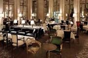 В ресторанах отеля новый дизайн. // lemeurice.com