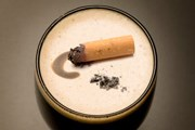 Немецкие туристы едут курить в польские рестораны. // GettyImages
