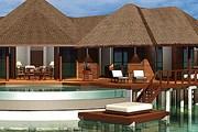 Grand Water Pavilion рассчитан на нескольких взрослых и детей. // beachhousecollection.com