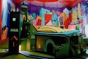 Номер с кроватью в виде замка в отеле City Lodge. // weburbanist.com