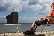 Для полноценного отдыха необходим телевизор. // GettiImages