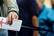 Туристы выбирают страны, в которые легче получить визу. // GettyImages