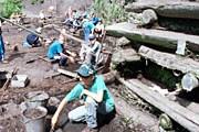 На раскопе ведутся археологические изыскания. // krugosvet.ru
