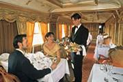Места в вагоне-ресторане лучше бронировать заранее. // typepad.com