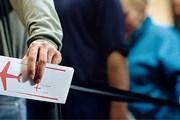 Туристам надо иметь при себе документы, подтверждающие их платежеспособность, страховку и т.п. // GettyImages