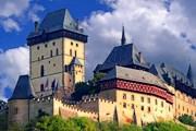 Замок Карлштейн строился как королевская сокровищница. // blogger.com