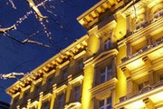 Grand Hotel в Вене уже не первый год, по мнению читателей журнала, является лучшим. // jjwhotels.com