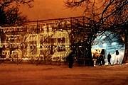 На месте строительства музея размещена временная инсталляция. // jewishmuseum.org.pl