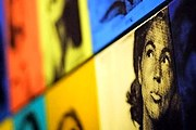 На выставке представлены портреты работы художника. // AFP / Olivier Laban-Mattei