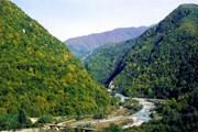 Абхазия располагает множеством памятников и уникальными природными богатствами. // kolhida.ru