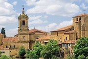 Монастырь Санто-Доминго-де-Силос - одна из остановок на маршруте. // caminodelalengua.com