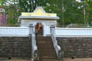 Анурадхапура - древняя столица страны. // А.Баринова