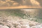 Уровень воды в Мертвом море падает в среднем на 1 метр в год. // atlastours.net