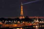 Эйфелева башня остается одной из самых популярных достопримечательностей города. // essential-architecture.com