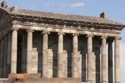 """Храм Гарни называют """"армянским Парфеноном"""". // Wikipedia"""
