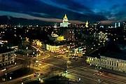 Все желающие могут посетить бесплатные экскурсии по центру Москвы. // Дмитрий Константинов