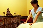 Процедуру выполняют специалисты c Тибета. // phw.ch