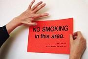 В настоящее время в Греции курят практически везде. // GettyImages