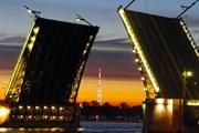 Разведенные мосты – достопримечательность Санкт-Петербурга. // Travel.ru