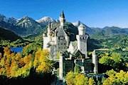 Нойшванштайн - один из самых знаменитых замков в мире. // wcb2006.org