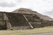 В эти дни большинство археологических комплексов Мексики недоступно туристам. // awd.ru