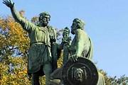 Памятник Минину и Пожарскому на Красной площади в Москве. // wikipedia.org