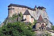 Оравски-Град - один из самых красивых замков Словакии. // wikipedia.org