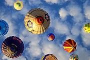 В программе фестиваля - полеты на воздушных шарах. // Podroze.onet.pl