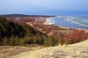 Куршская коса расположена на побережье Балтийского моря. // photoscape.ru